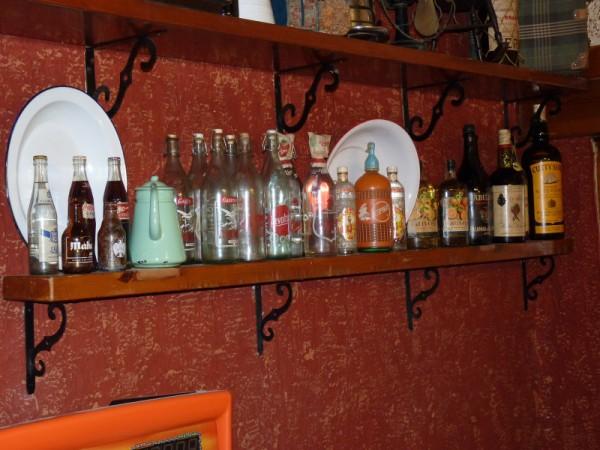 La Tinaja: Colección de Botellas