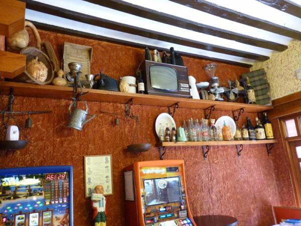 La Tinaja: Colección Antigüedades